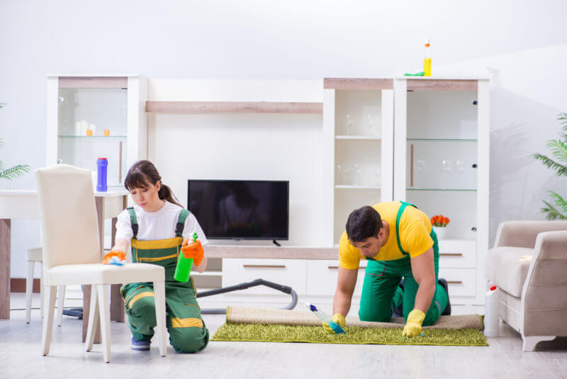 5 Tips to Keeping Your Home Clean During the Holidays